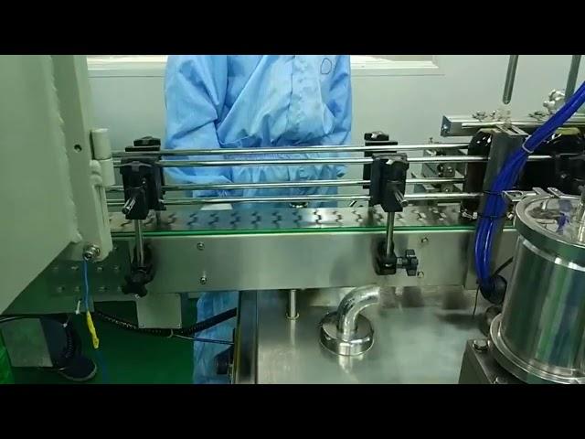 Machine de remplissage et de vissage à double voie de 30 ml à 100 ml pour bouteille ronde