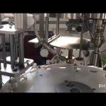 machine de bouchage et de bouchage de bouteilles de liquide contrôlée par plc automatique